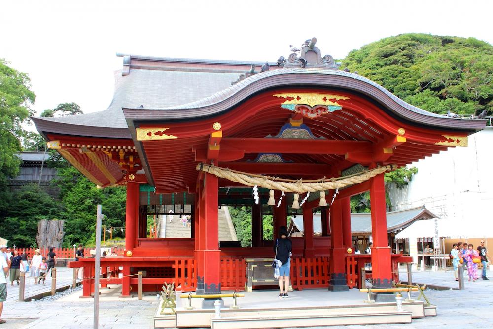 鶴岡八幡宮(鎌倉)の御朱印と見どころまとめ!営業時間とアクセスについても